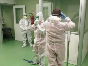 Αγρινίο: Νεκρή 57χρονη που νοσηλευόταν με κορωνοϊό στη ΜΕΘ του νοσοκομείου