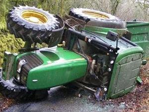 Πάτρα: Νεκρός ο 47χρονος οδηγός του τρακτέρ που ανετράπη στα Συχαινά (video)