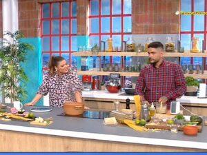 Δανάη Μπάρκα - Η ατάκα της άφησε άφωνο τον Πατρινό σεφ Τίμο Ζαχαράτο (video)