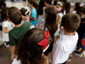 Γώγος - Κορωνοϊός: 'Θα χρειαστούμε νέες κλίνες και στα παιδιατρικά τμήματα - Γύρω στο 25% των κρουσμάτων καθημερινά είναι παιδιά'