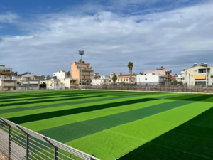 Πάτρα: Έγινε πράσινο το γήπεδο των Προσφυγικών - Μπήκε το συνθετικό