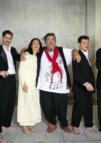 Ο Σταμάτης Κραουνάκης στο Μικρό Θέατρο Αρχαίας Επιδαύρου