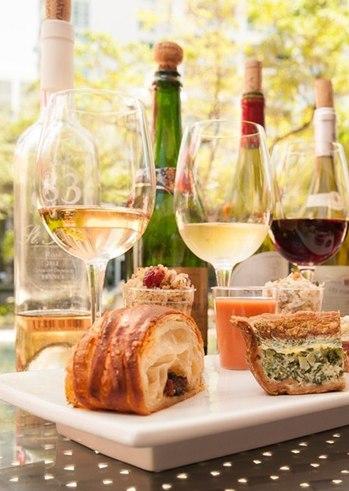 Συνδυάζοντας Κρασί και Φαγητό, με τον Οινοχόο Νίκο Πολίτη στο Astir Hotel
