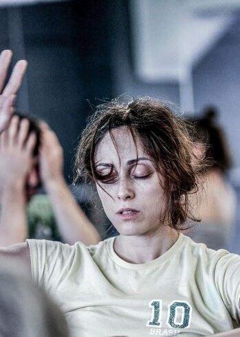 Λόγος σε Κίνηση με την Όλγα Σπυράκη στο Γραμμές Τέχνης