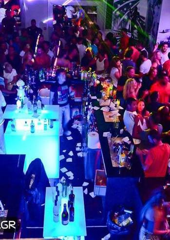 Πάρτυ Α'Λυκείου Ακράτας και Α'Λυκείου Αιγείρας @ Hangover Night Club
