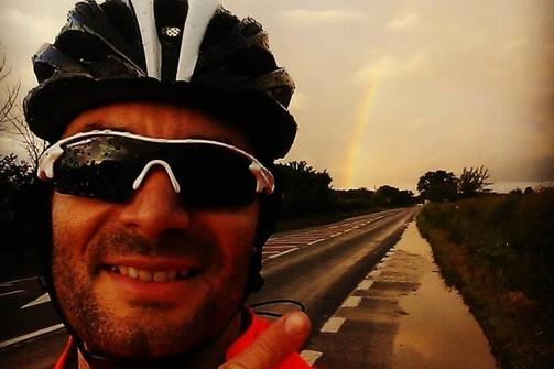 Αγρινιώτης θα διανύσει με ποδήλατο ολόκληρη τη Μ. Βρετανία! (pics)