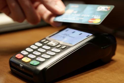 Πάτρα: Ανοίγουν οι online υπηρεσίες του Δήμου για πληρωμές με «πλαστικό» χρήμα!