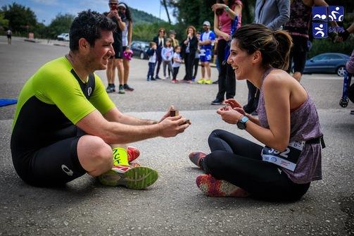 Της έκανε πρόταση γάμου στη γραμμή του τερματισμού του Διάθλου της Αρχαίας Ολυμπίας! (pics)