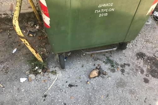 Η Πάτρα είναι μία πόλη που σε προδιαθέτει να τη... διατηρήσεις βρώμικη! (pics)