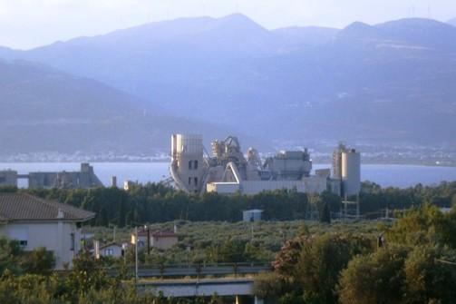 Πάτρα: Έντονη ανησυχία των εργαζομένων στο ΤΙΤΑΝ στο Δρέπανο