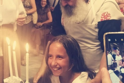 Φωτεινή Ψυχίδου & Μπάμπης Στόκας βάπτισαν την 9χρονη κόρη τους! (φωτο)