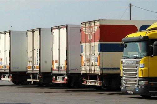 Ακινητοποιήθηκε νταλίκα με ανταλλακτικά πολυτελών οχημάτων στο λιμάνι της Πάτρας
