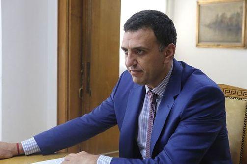 Ο Βασίλης Κικίλιας ανακοίνωσε 2.230 προσλήψεις στο Εθνικό Σύστημα Υγείας