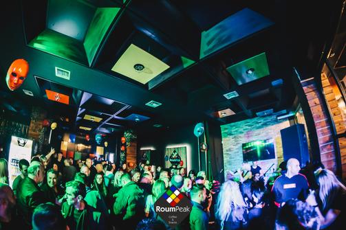 Οι Πατρινοί γιόρτασαν την Τσικνοπέμπτη στο RoumPeak! (φωτο)