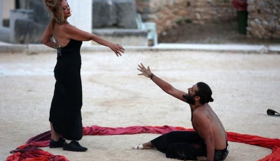 Ο «Ίων» του Ευριπίδη, ανεβαίνει στο Ρωμαϊκό Ωδείο της Πάτρας!