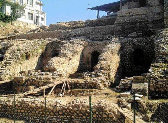"""Ρωμαϊκό Στάδιο - Το λες και το """"hot spot"""" της εποχής, το 90 π.Χ.!"""