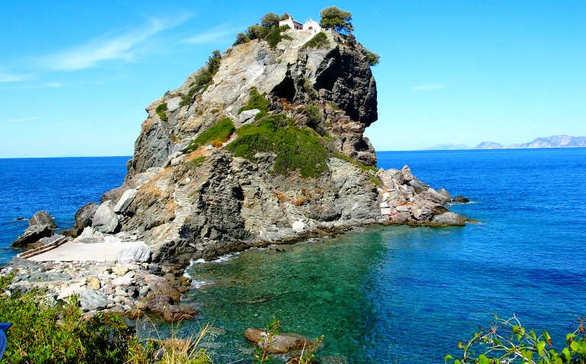Τα πανέμορφα ξωκλήσια των ελληνικών νησιών! (pics)