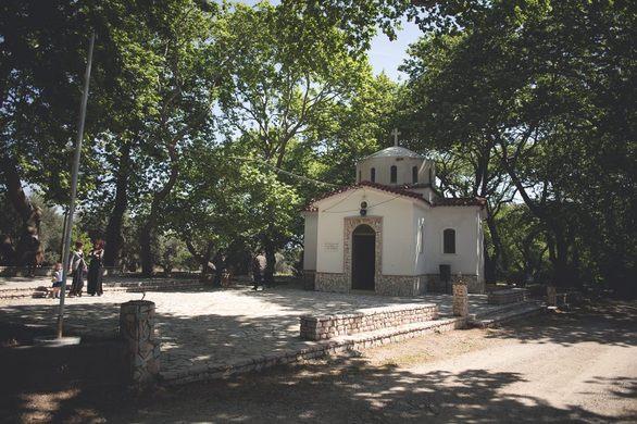 Βρήκαμε το πιο γραφικό και ιδανικό μέρος στην Πάτρα για γάμους και βαφτίσεις (pics)