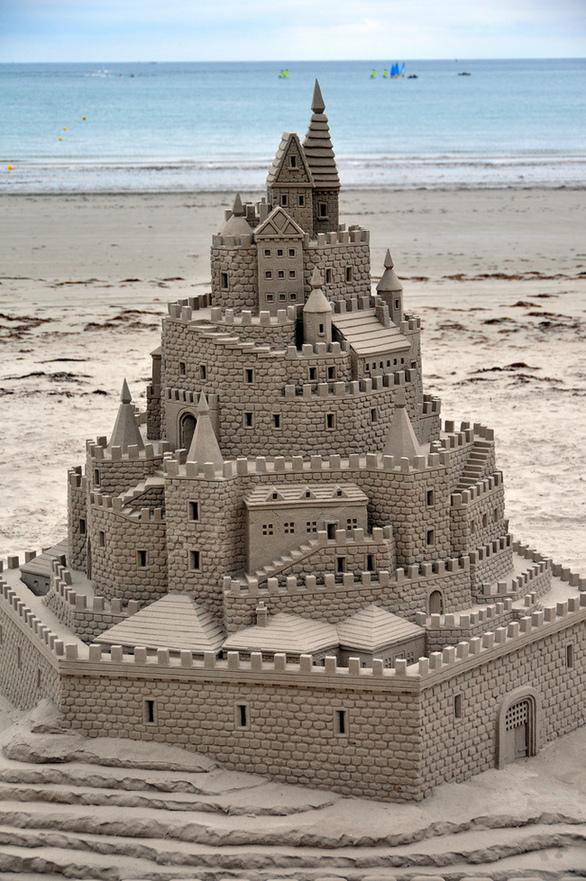 Μοναδικά γλυπτά φτιαγμένα από... άμμο! (pics)