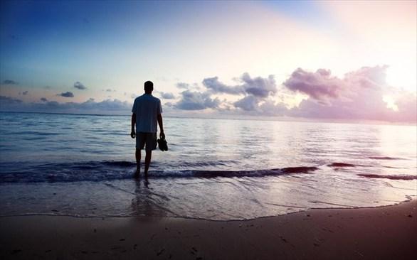 Ποια είναι τα οφέλη από το περπάτημα στην άμμο;