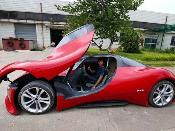Ο 27χρονος Κινέζος μηχανικός που κατασκεύασε το δικό του supercar! (pics)