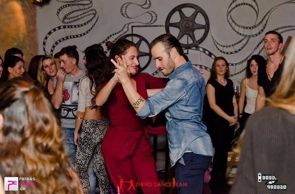 """Ένα Latin party στην """"καρδιά"""" της Γεροκωστοπούλου!"""