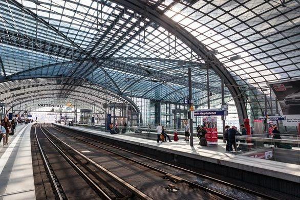 Σιδηροδρομικοί σταθμοί που είναι... χάρμα οφθαλμών! (pics)