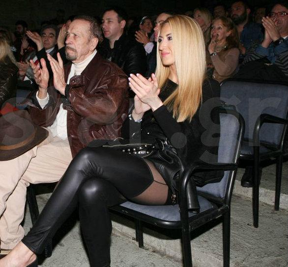 Ο Φώτης Μεταξόπουλος σε πελάγη ευτυχίας με τη... μπαλαρίνα του (pics)