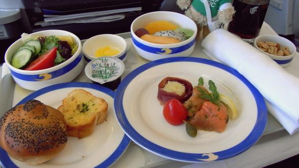Το φαγητό στη πρώτη και οικονομική θέση 17 αεροπορικών εταιρειών (pics)