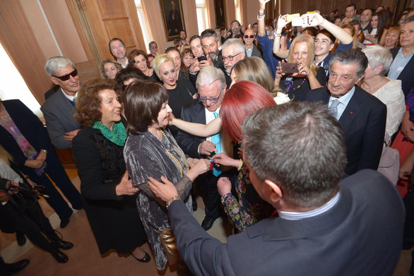 Παντρεύτηκε ο Κώστας Βουτσάς! (pics)