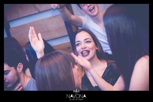 Don't Go Home It's Friday at Navona Club Di Oggi 26-02-2016
