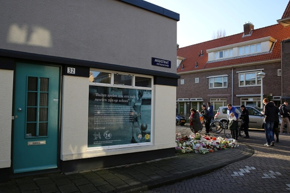 «Ράγισε» η Ολλανδία - Έτσι τίμησαν τη μνήμη του Γιόχαν Κρόιφ! (pics+video)