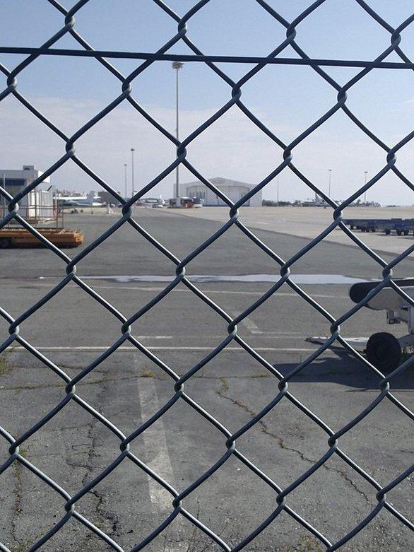 Κύπρος: Ο Αιγύπτιος Ibrahim Samaha είναι ο αεροπειρατής της Egypt Air (pics+video)