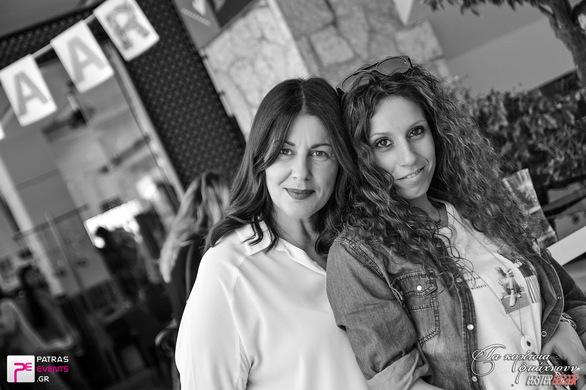 c9de99999c5 ... Τα Κορίτσια Φτιάχνουν - Easter Bazaar στο Libido 23-04-16 Part 1/ ...