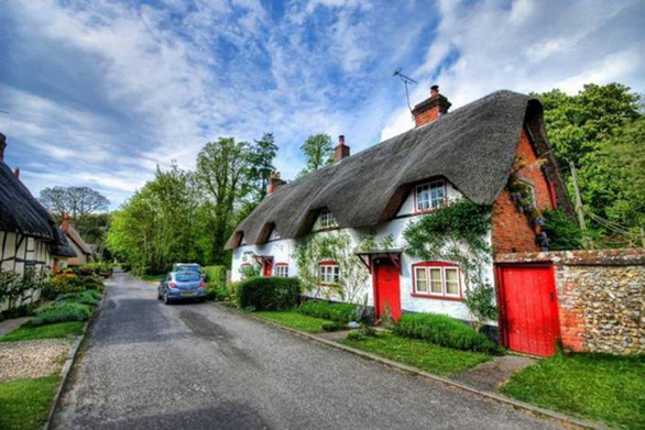 Τα σπίτια της Βρετανικής επαρχίας που έχουν βγει από ένα παραμυθένιο κόσμο (pics)