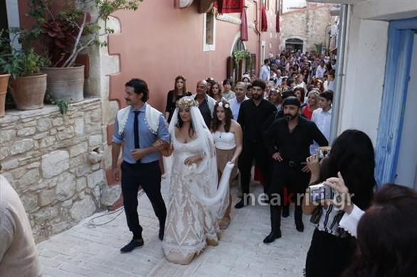 Παντρεύτηκε στην Κρήτη η Μαρία Τζομπανάκη! (pics)