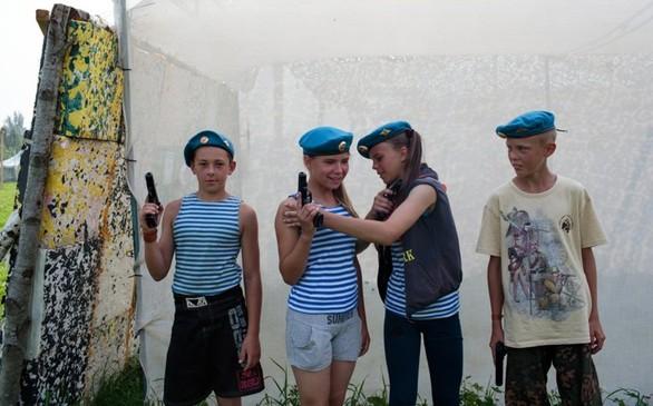 Η ζωή μέσα στις ρωσικές στρατιωτικές σχολές… για παιδιά (pics)