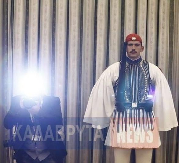 Αυτός είναι ο Καλαβρυτινός τσολιάς που εντυπωσίασε τον Ομπάμα (pics)