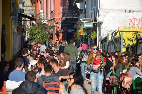 Η Τσικνοπέμπτη ήταν η πρώτη γεύση της ξέφρενης γιορτής του Πατρινού Καρναβαλιού (pics+video)