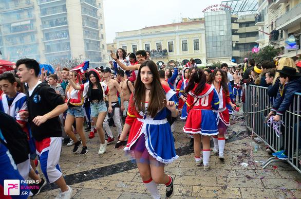 Group 10: Suicide SQUAD Harley Quinn  - Μεγάλη παρέλαση 26-02-17 Part 2