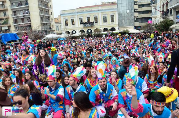 Group 172: Φως phorize  - Μεγάλη παρέλαση 26-02-17 Part 2