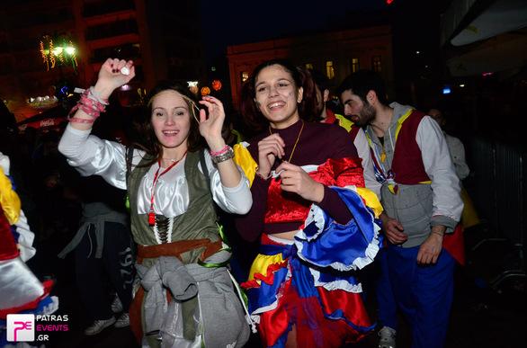 Group 9: Colombiano  - Μεγάλη παρέλαση 26-02-17