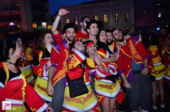 Group 14: League of Carnival  - Μεγάλη παρέλαση 26-02-17 Part 1