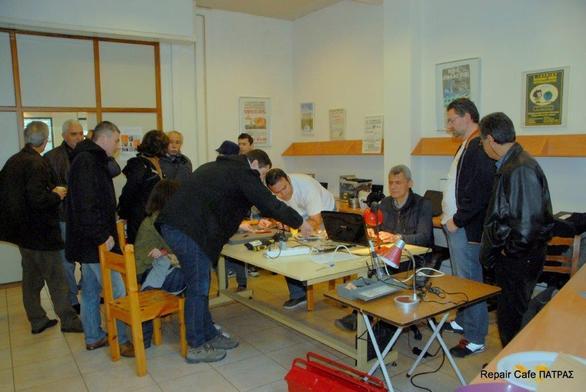Πάτρα: Επιτυχής η διοργάνωση του Repair Cafe στην ΟΙΚΙΠΑ (pics)