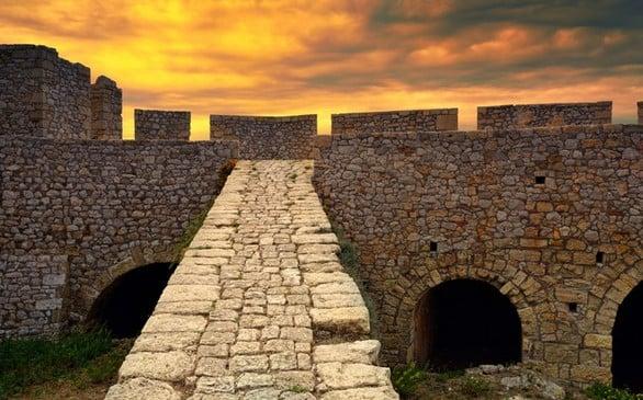 Πύλος - H γραφική πόλη της Πελοποννήσου με τη μεγάλη ιστορία! (pics+video)