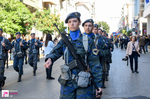 Παρέλαση 25ης Μαρτίου στην Πάτρα 25-03-17 Part 3/6