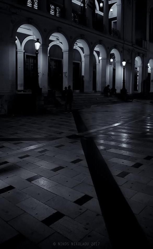 Όταν η «καρδιά» της Πάτρας είναι στα σκοτεινά της (pic)