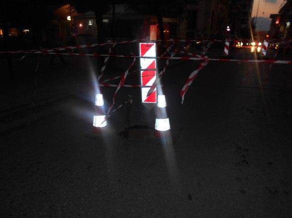 Κι όμως αυτή η τρύπα είναι σε δρόμο στο κέντρο της Πάτρας! - Δείτε φωτογραφίες