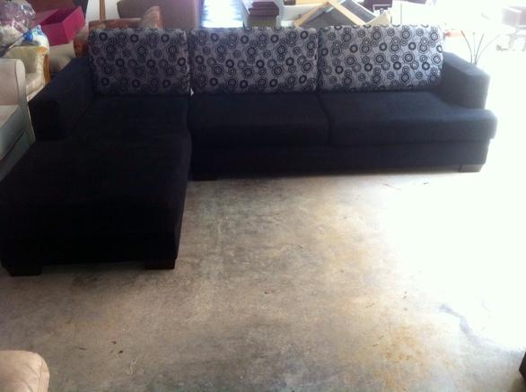 Καναπές προς πώληση - Δείτε φωτογραφίες
