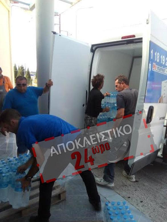 ΛΕΣΒΟΣ: Αυτό είναι το μοναδικό ελληνικό super market που έστειλε βοήθεια στους σεισμόπληκτους!